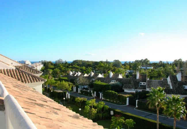 Apartamento en San Pedro de Alcántara - Stunning Duplex by the Golf & Terrace by the beach