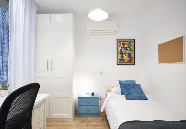 Alquiler por habitaciones en Madrid - Fantástica habitación en Moncloa 4